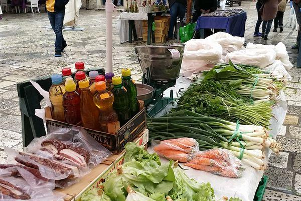 ドブロブニク青空市場