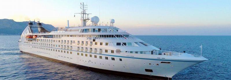 新生スターブリーズ号で航く日本発着 ウインドスター・クルーズ